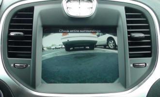 Ingresso per telecamera anteriore aftermarket