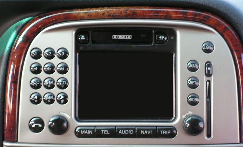 Lancia lybra ics con navigatore interfaccia usb sd aux - Autoradio lancia ypsilon porta usb ...