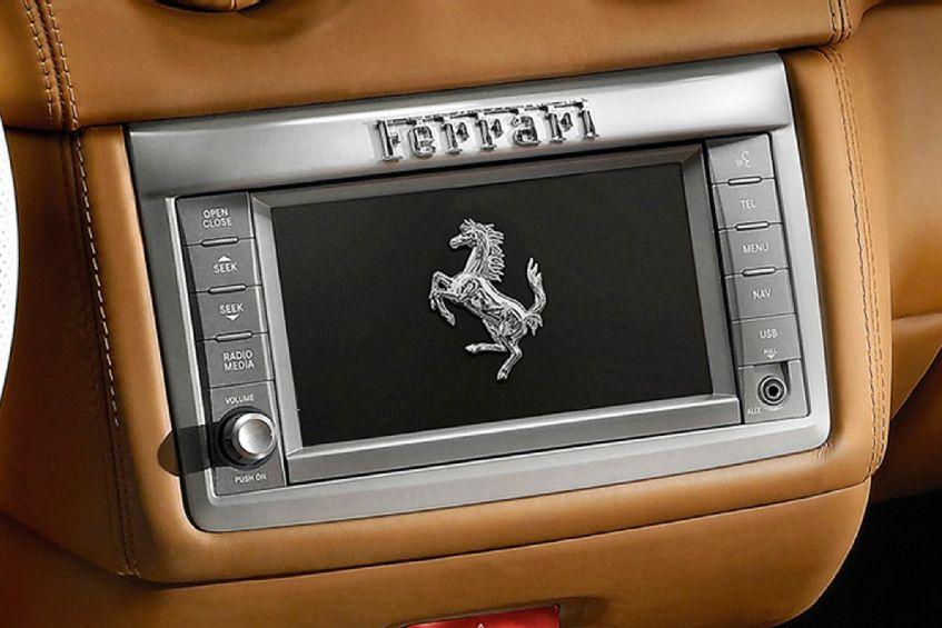 UConnect Ferrari California